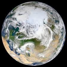 gambar atas kutub utara diambil Dari atmosfera kutub utara oleh NASA